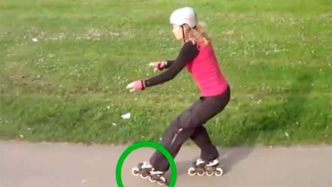 cómo frenar con patines en linea